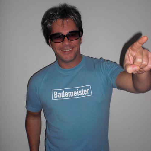Bademeister Mischa vs. DJ Pistenully - HalleHalleluja (Hallo Julia)