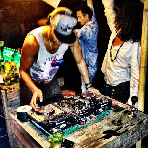 DJ Lloyd live in thailand