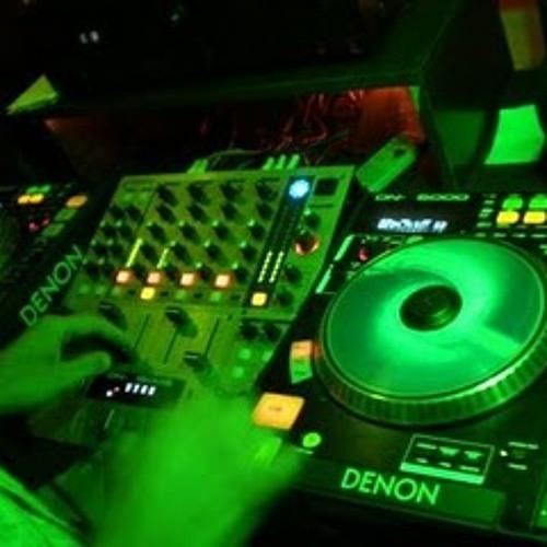 Set In Live W DJ In Power Mix