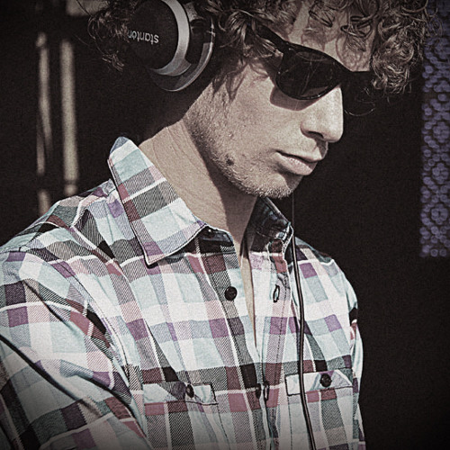 Maxem - Live! (Dash Remix) Exclusive Snippet