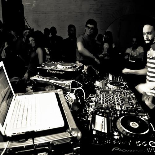 Anthoni Logos Live @ WAREHOUSE 04-02-2012