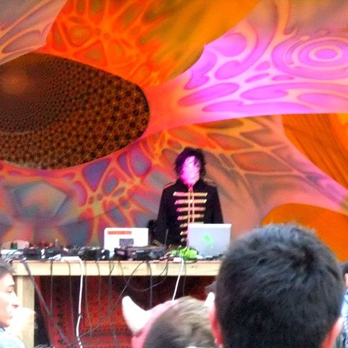 Daheen - Rainbow Serpent Festival 2012 set (minus live synth and guitar)