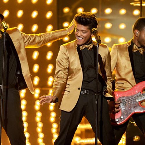 """""""Runaway Baby"""" - Bruno Mars (Live)"""