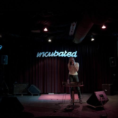 01 - Bebe Fang (Live at Incubated)