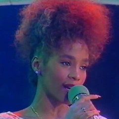 Whitney Houston - Saving all my love for you - Live