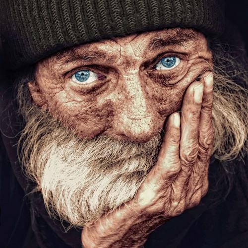 Schmee J - Viejos Ojos Azules