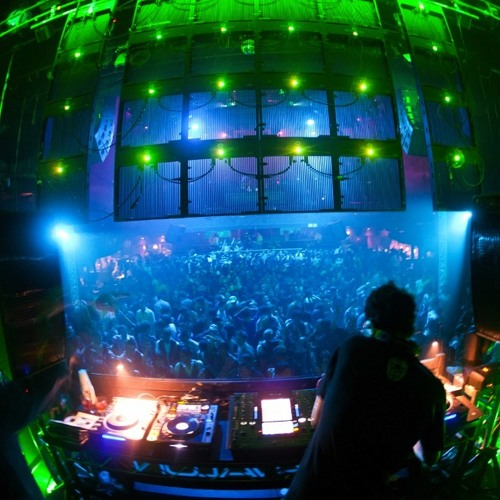 Quivver - Frisky Radio Artist of the Week Mix (February 2012)