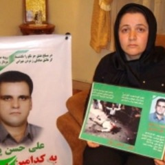همسر یکی از کشته شدگان انتخابات: وقتی شنیدم آقای خاتمی پای صندوق انتخابات رفت واقعا ناراحت شدم