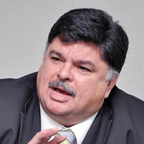 Armando de la Garza nos trae la Política y Economía en destinos.