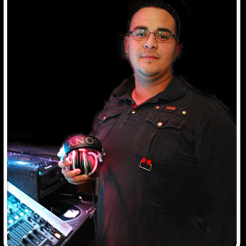 DJ WIZ house N electro.mp3