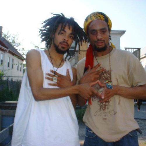Luz Brillante De Sol y Fuego (F. Kristie Holiday, Max Dread & Ras Justice)  MinayaMusicInc     2012