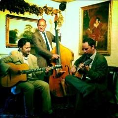 Besame Mucho - Jonny Hepbir Trio