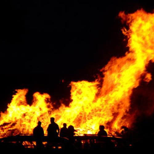 DJ KuRx ft Childish Gambino Bonfire at the House Party Radio Edit