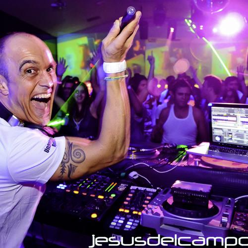 Jesus del Campo @ El Divino (19 nov 2011 - Techno) part 1