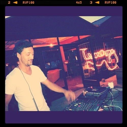 Latzaro Mixtape 19/03/2012 (Deep house - part 1)