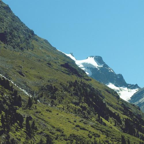 Mano Le Tough Mountains