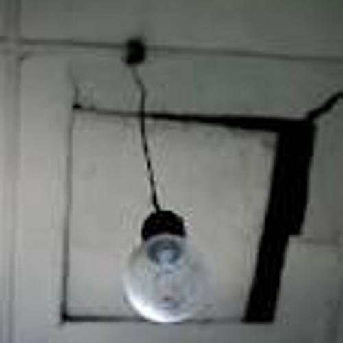 Aku takut saat lampu kamarku mati