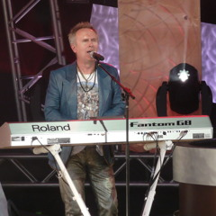Howard Jones Track What Is love covered by Stu Arnold