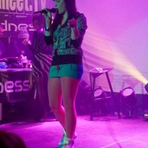 Nina Davis - You Should Betta Go