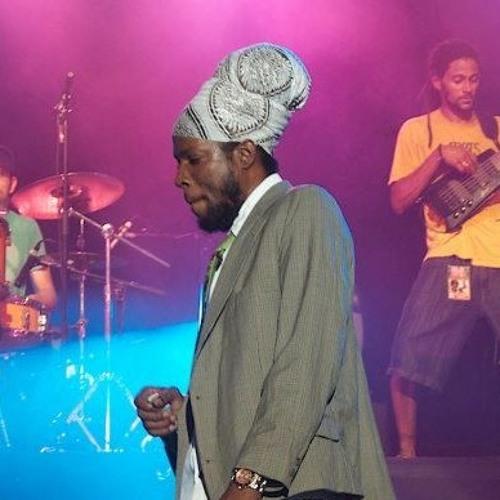 Jah Mason- As Me Rise
