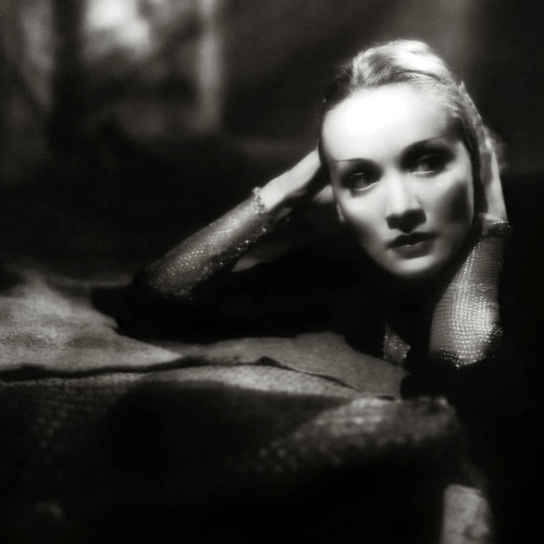 Donovan J feat. Marlene Dietrich & Leah - Lili Marleen  -  VINTAGE VOCAL TRANCE DEMO 1