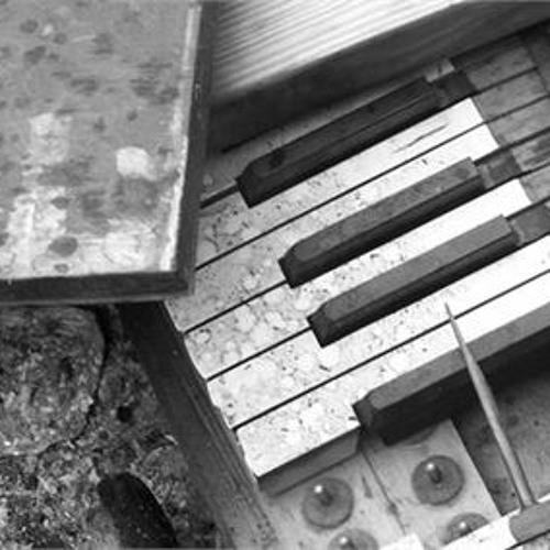 Dark Concept - Somewhere Through My Piano [FREE DOWNLOAD]