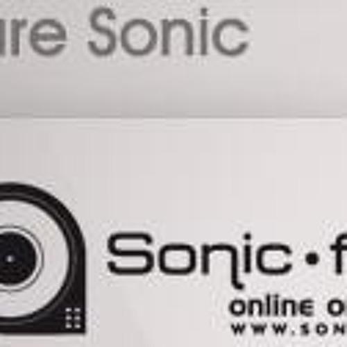 Alec Araujo Live @ Pure Sessions - Sonic.FM - 05-04-2012 - Buenos Aires - Argentina