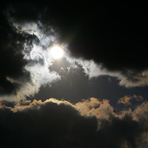 Varany G - Light in the Darkness (original mix)