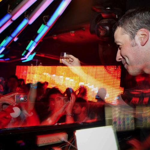 Luis Junior @ Bahrein - Buenos Aires - Argentina 05-04-2012  part 1