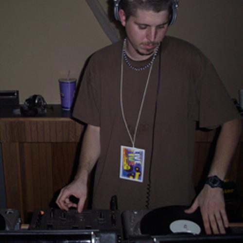 DJ K9 - (Boom Shake the Room) Live Meshup @ Bassmint 5 09-06-2002