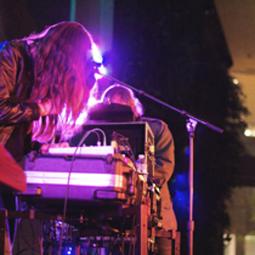Live Broadcast: Peaking Lights live 19/04/12 at Unsound Festival New York