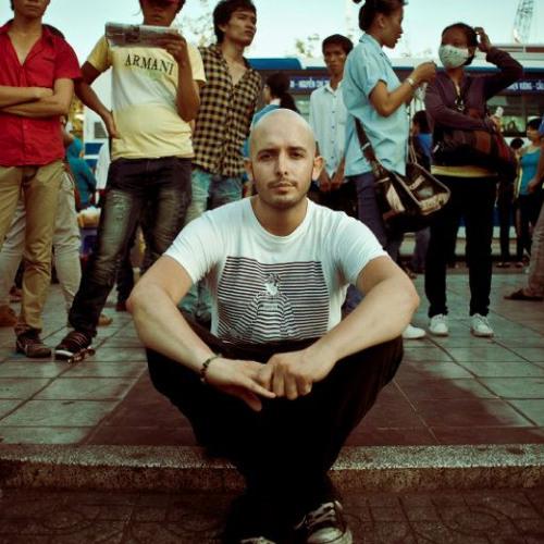 John McGowan - A Nomad In Saigon (Dec 2011)