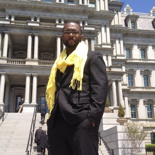 BaratundeCast: yeah I wore yellow vans and a yellow scarf to the white house