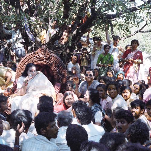 1977-0215 Public Program, Sat Chit Anand, New Delhi, India (Hindi and English)