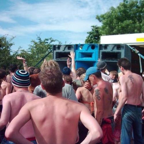 UTLEY DJ FEB 2008 FREE PARTY HARD TRANCE (OLD SKOOL BANGERS) VESTAX SET