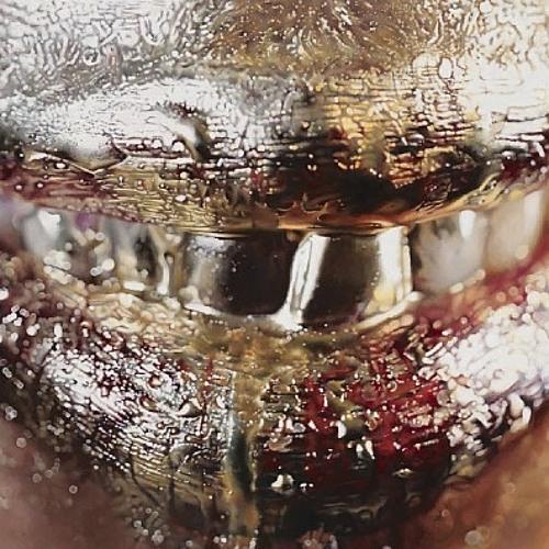 DJ Akeera - Gold On Ya Neck (Free Download)