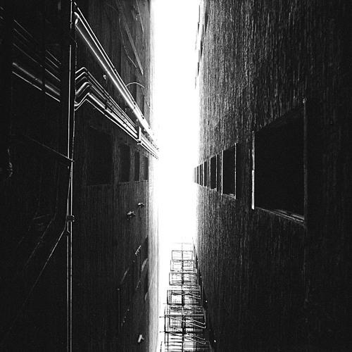 Graphic Alley [disquiet0019-rojiura]
