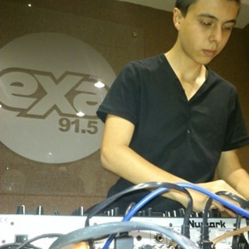 Kevin Camarena//On The Radio// EXA 91.5 [09-May-2012]