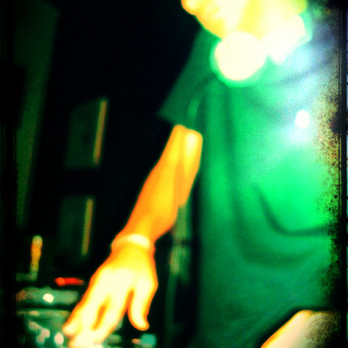House Music - Maio - Junior Marinho