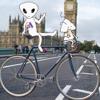 Bite size music: Bob the alien leisurely cycles through St James' Park