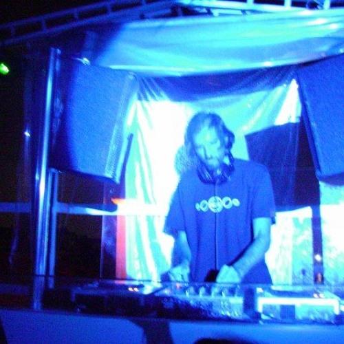 DJ Tarkan - No Smoking (May 3, 2006)