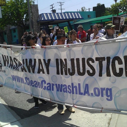 """L.A. Car """"Washeros"""" File Suit for Labor Violations"""