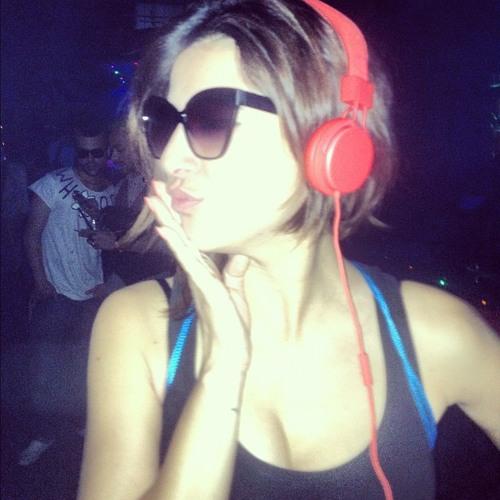 DJ T. feat. Khan - Leavin' Me (David August Remix)