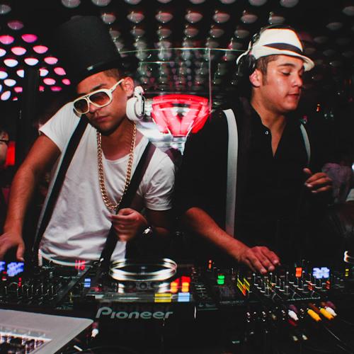 Pimp Chic - DISSCONTRO-LE @ Club Vibe 19.05.2012 (Curitiba-PR)