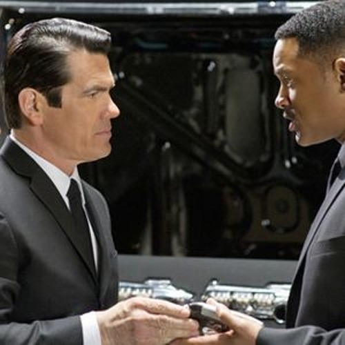 Movie Date: 'Men in Black 3'
