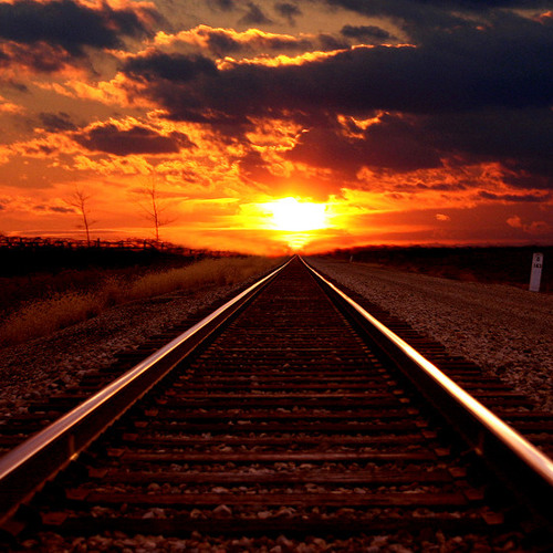 AUTISTICO: The LOOONG trian to the Sun