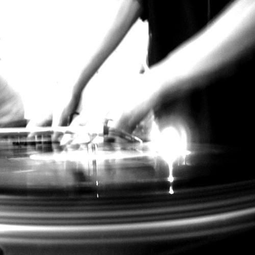 Komatic May Studio Mix 2012 (FREE DOWNLOAD)
