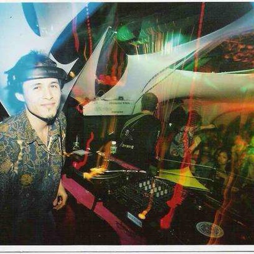 Variations on a Tone with Psychedelic Goa Trance May 2004