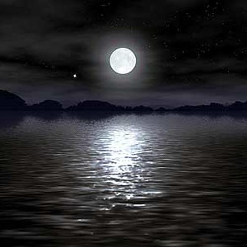 Moonshine Feat Maria Tom