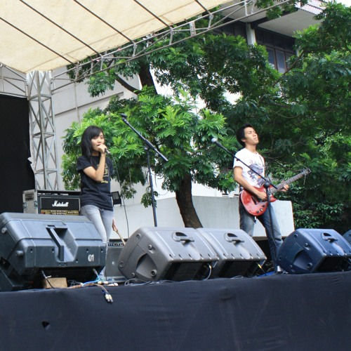 Mhichay with Erwin Hilaris - When it Rains by Paramore